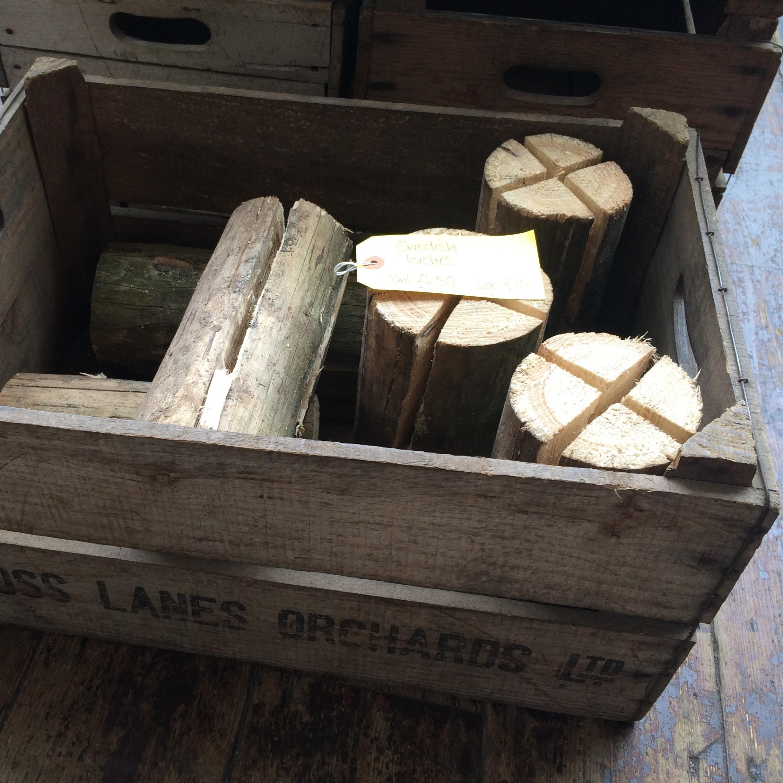 Vintage apple crates bathva vintage and antiques markets for Antique apple crates